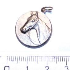 Přívěsek Kůň - medailon